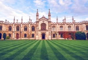 Cambridge closes down