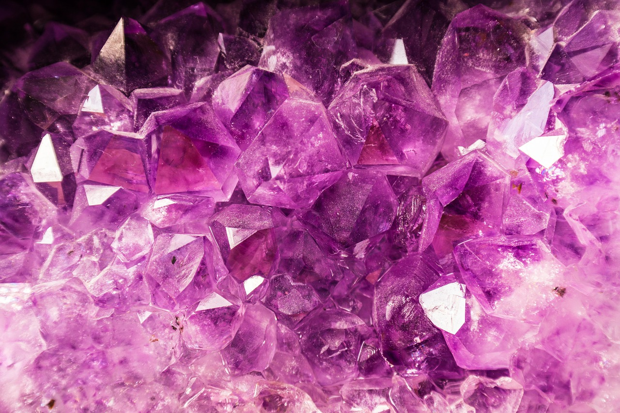 how to find quartz crystals