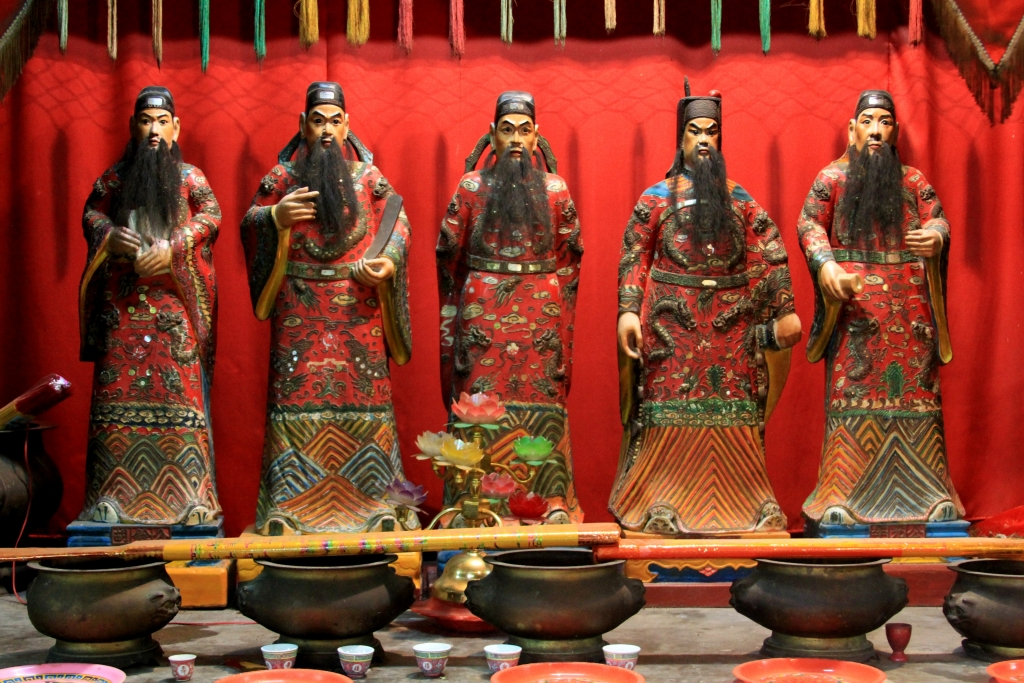 anceint chinese religions Since ancient times, the chinese people have created many remarkable and delicate craft and handicrafts, such as the pottery wares of the prehistory period, the bronze vessels of the zhou dynasty, and the porcelain wares of song, yuan, ming and qing dynasties.
