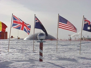 south-pole-flags