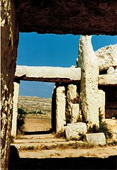 mnajdra-temple