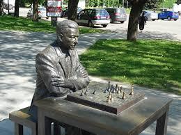 paul-keres-statue