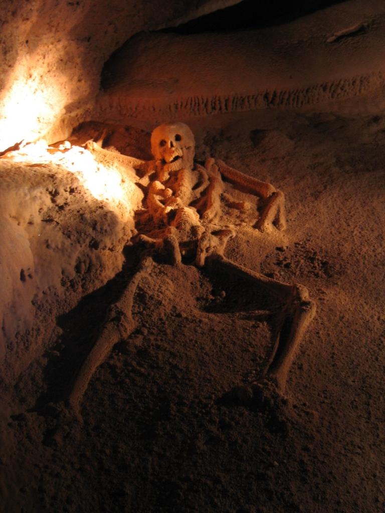 Actun-Tunichil-Muknal-skeleton