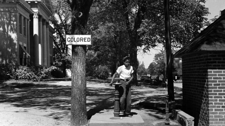 jim crow laws separate water fountains