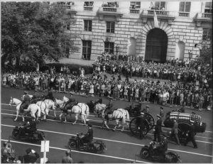 Taft in procession
