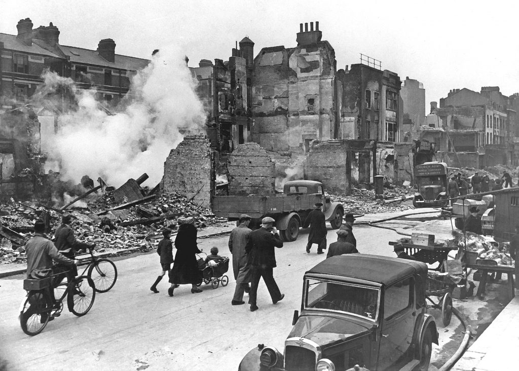 London bombed WW2