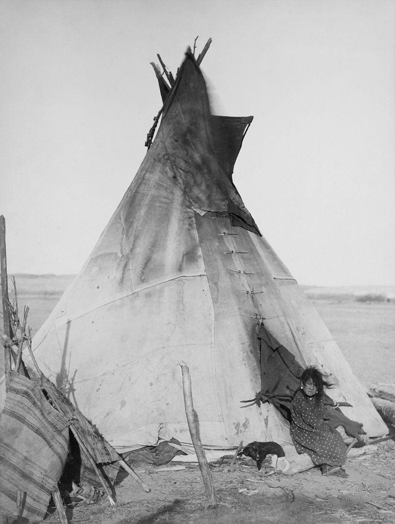 An Oglala Lakota Tipi 1891