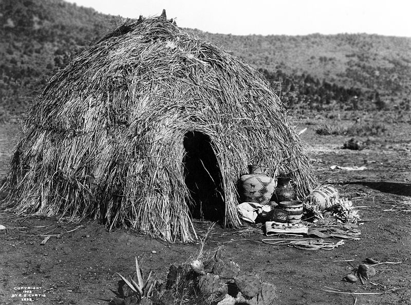 Apache Wickiup Edward Curtis 1903