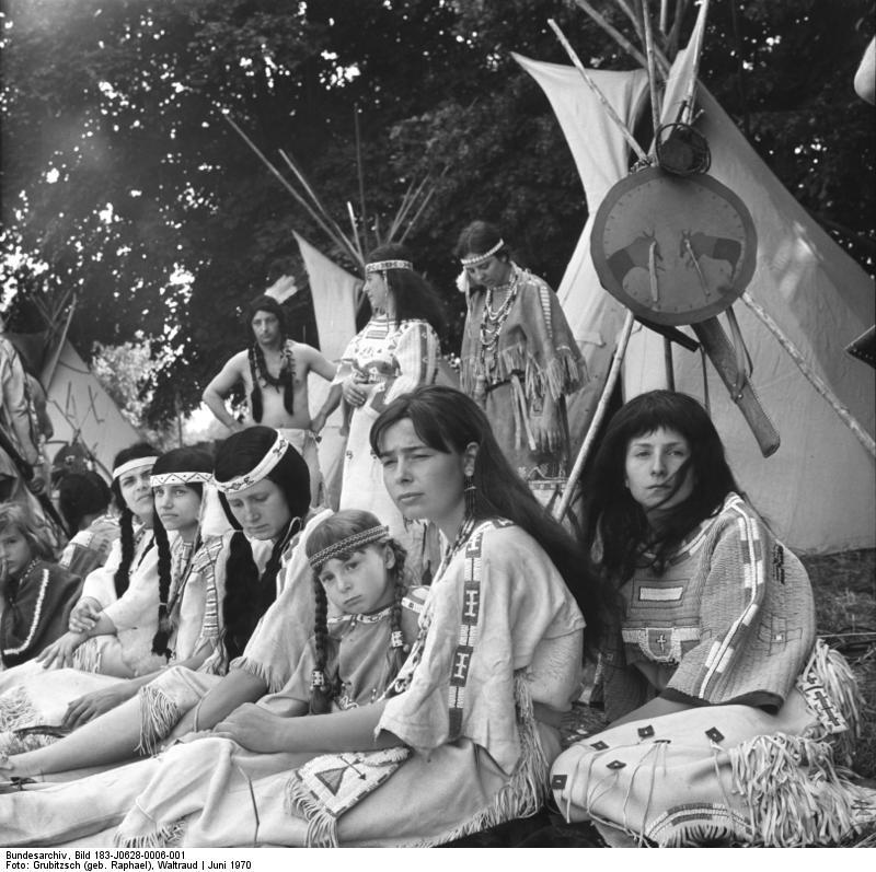 Bundesarchiv Bild Interessengemeinschaft Mandan Indianer