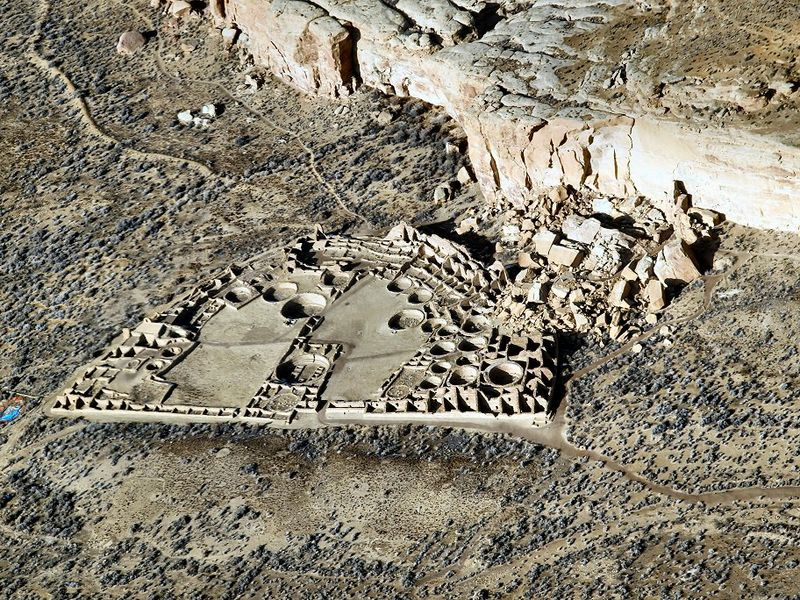 Pueblo Bonito The Largest Of The Chacoan Great Houses