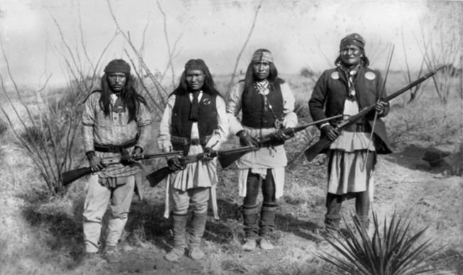Apache Chieff Geronimo In Right Side And His Warriors