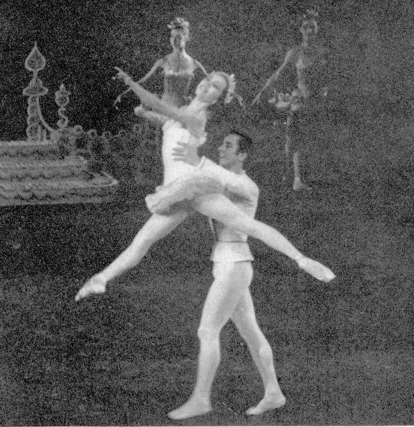 Maria Tallchief And Nicholas Magallanes In The Nutcracker