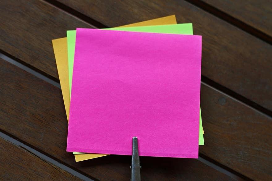 post-it sticky notes